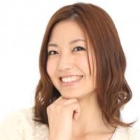 【警告】女の笑顔に騙されるな!ニセの笑顔を見破る方法